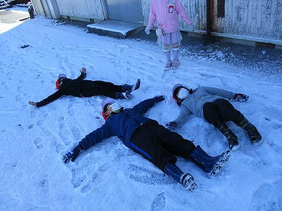 保護中: 雪の日